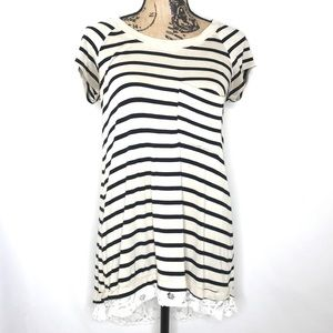 ANTHROPOLOGIE Bordeaux Striped Lace Insert Tee S